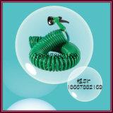 緑色のエヴァの水まきの管