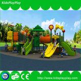 Dschungel-Thema-im Freienspielplatz mit Cer-Bescheinigung