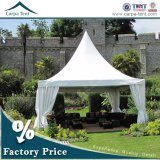 5X5m Wooden Floorの6X6m Aluminium Structure White Canvas Sidewall Pagoda Tent