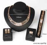 Ring 4 van de Oorring van de Halsband van de Armband van de Diamant van de Juwelen van de manier Vastgestelde 18k Goud Geplateerde PCs Geplaatste Juwelen