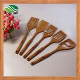 Cucina di bambù che cucina l'insieme della forcella