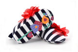 2017 de Nieuwe Hand van de Aankomst - de gemaakte Schoenen van de Baby van de Zuigeling van Kinderen Zachte Zolen Binnen waggelen Schoenen