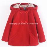 赤い女の子の`Sの綿ダクトコート