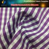 Il tessuto della camicia di T/C, filato ha tinto il tessuto dell'assegno per la camicia
