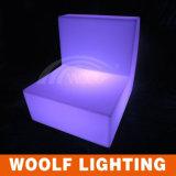 LED 단 하나 소파에 의하여 조명되는 정원 LED 소파