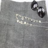 Sciarpa nera/grigia dell'ondulazione del poliestere per le donne, scialli dell'accessorio di modo