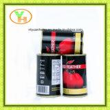 自然な有機性トマトによって缶詰にされるトマトのり