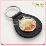 A forma oval personalizou o metal & o couro gravados Keychain