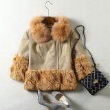 Le manteau de fourrure réel de Fox de cuir de moutons pour des femmes court- le type