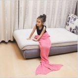 Couleur solide tricotant la couverture portative d'ouatine d'arrière de sirène