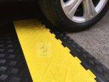 차도 사건 프로텍터 케이블 프로텍터 케이블 중계 4 채널을%s 노랗거나 까만 PVC 고무 코너 가드