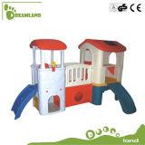 新しいデザインはプレイハウスのプラスチック城のプレイハウスをからかう