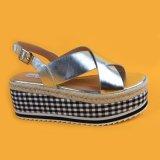 Soli sandali dell'argento della cinghia di Ankel del cuneo della iuta delle signore EVA