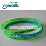 Wristband su ordinazione all'ingrosso promozionale scarno & sottile del silicone