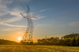 送電線鋼管タワー