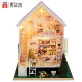Camera di legno miniatura bella dentellare del giocattolo DIY