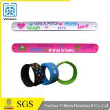 Wristband a schiocco divertente magnetico del braccialetto di schiaffo del silicone