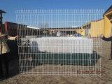 PVC上塗を施してある金網の塀のパネル