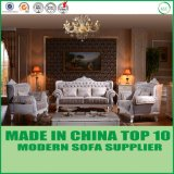 O sofá clássico da tela 1+2+3 ajustou-se com a sala de estar para a sala de visitas