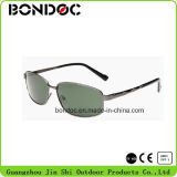 Os óculos de sol dos aviadores dos homens da alta qualidade polarizaram óculos de sol