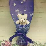 Eu te amo urso do dia de matriz com flor