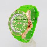 Relojes de encargo del deporte del hombre del reloj de la insignia de la manera para la venta