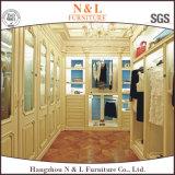 Camminata di legno di lusso moderna della mobilia della camera da letto di N&L nel disegno dell'armadio
