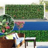 Le jardin vert de mur protège la haie artificielle de natte d'écran d'intimité