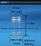 Esvaziar o frasco do atolamento para frasco do mel e do molho/o de vidro