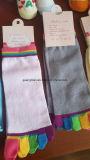 Heiße Verkaufs-Großverkauf-Form-Yoga-Baumwolle fünf Zehe-Socken