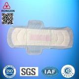Beschikbare Katoenen Sanitaire Stootkussens voor de Sanitaire Handdoeken van de Menstruele Stootkussens van Vrouwen