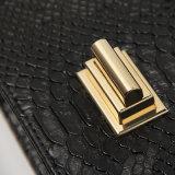 蛇行した金属の回転式バックルPUデザイナーハンドバッグ(A015)