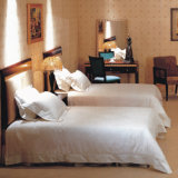 Het Vastgestelde tweeling-Bed van uitstekende kwaliteit van Furnitury van de Slaapkamer van het Hotel (emt-B0901)