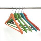 청바지를 위한 도매, 나무로 되는 옷 걸이 걸이를 위한 주문 다채로운 셔츠 상단 목제 걸이