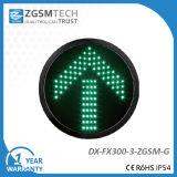 Señal verde clara de la flecha del tráfico de la dirección para el reemplazo