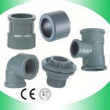 PVC réduisant le connecteur à trois voies de réducteur convenable de pièce en t de pièce en t