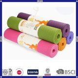 Couvre-tapis coloré de yoga de vente d'accessoires chauds de forme physique avec la qualité