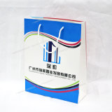 Uso de la bolsa de papel de la impresión en offset para el anuncio