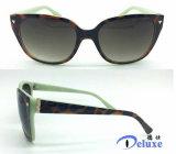 Gafas de sol plásticas de la manera del nuevo diseñador de la marca de fábrica para las mujeres (DP1144TL)