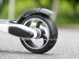 Fibre de carbone pliant le ce 6.5kgs électrique de scooter seulement