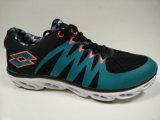 Chaussures de chaussures de noir de vert des loisirs des jeunes hommes