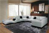 Grande sofà d'angolo sezionale di cuoio con colore di beige di figura di U