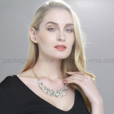 Womenのための熱いSale Necklace Fashion Metal Crystal Necklaces Jewelry