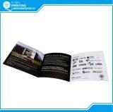 Folheto dobrável em três partes da impressão feita sob encomenda da fábrica