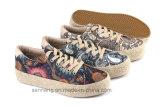 2016 Gummi vulkanisierte Frauen-Schuhe mit Hanf-Seil Foxing (SNC-280031)