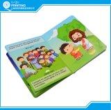 Impressão ultramarina do livro obrigatório do Fio-o da criança