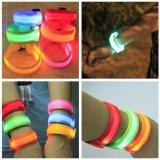 Браслет спорта цвета СИД полосы зарева Wristband Nylon безопасности подарка промотирования идущий предупреждающий
