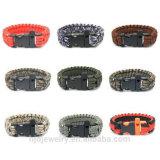 De kleurrijke Gevlechte Armband van de Overleving met de Aanzet en het Kompas van de Brand