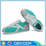 De openlucht Tennisschoenen, vormen Schoenen van de Witte LEIDENE de Lichte Toevallige Sporten van de Stijl