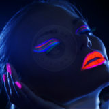 La lueur de produits de beauté dans l'obscurité pigmente la peinture de Nite